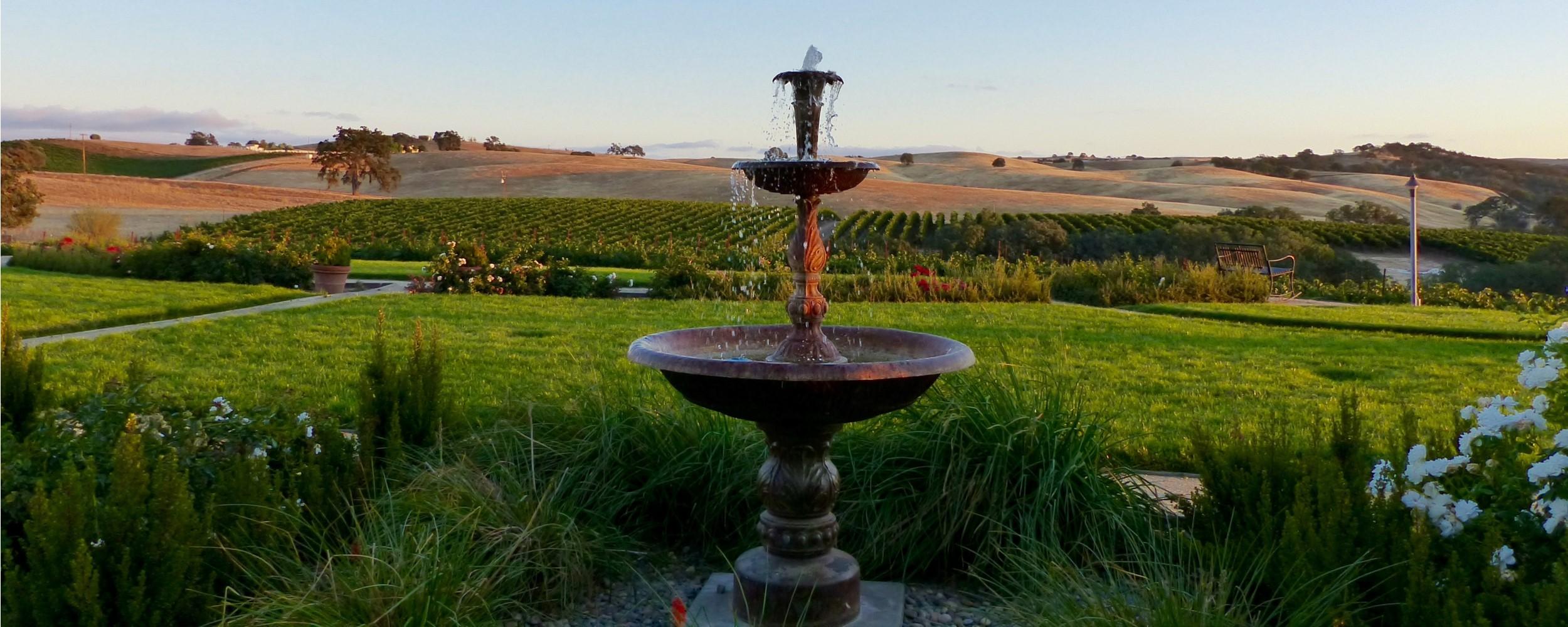 Home - Fountain 2 - 2500x1000