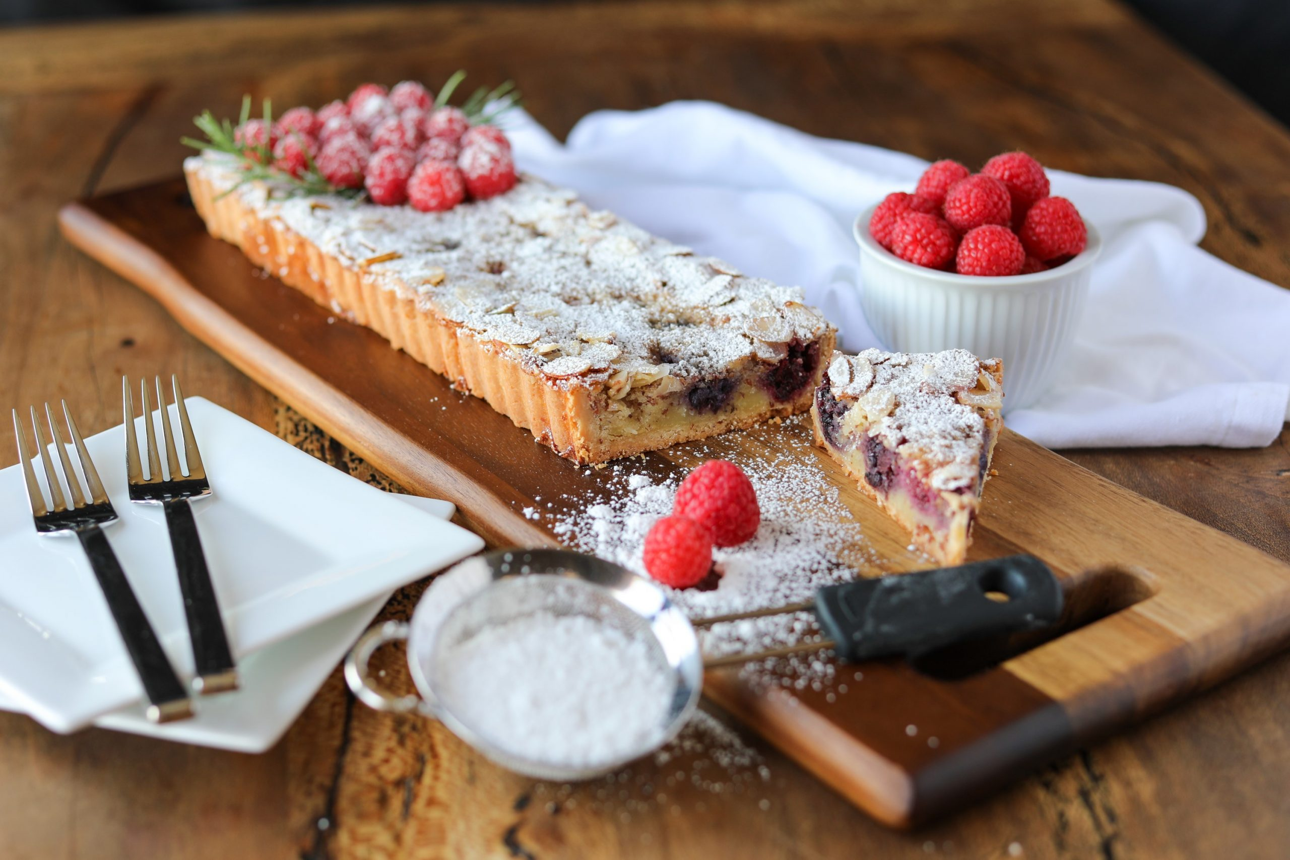 Raspberry-Almond Tart 3000x2000